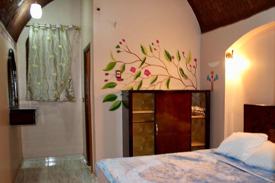 Tuya Hotel, Abu Simble